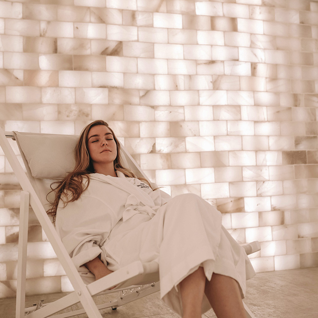 One girl having a relaxation moment in the salt room of the Spa William Gray's Thermal Experience