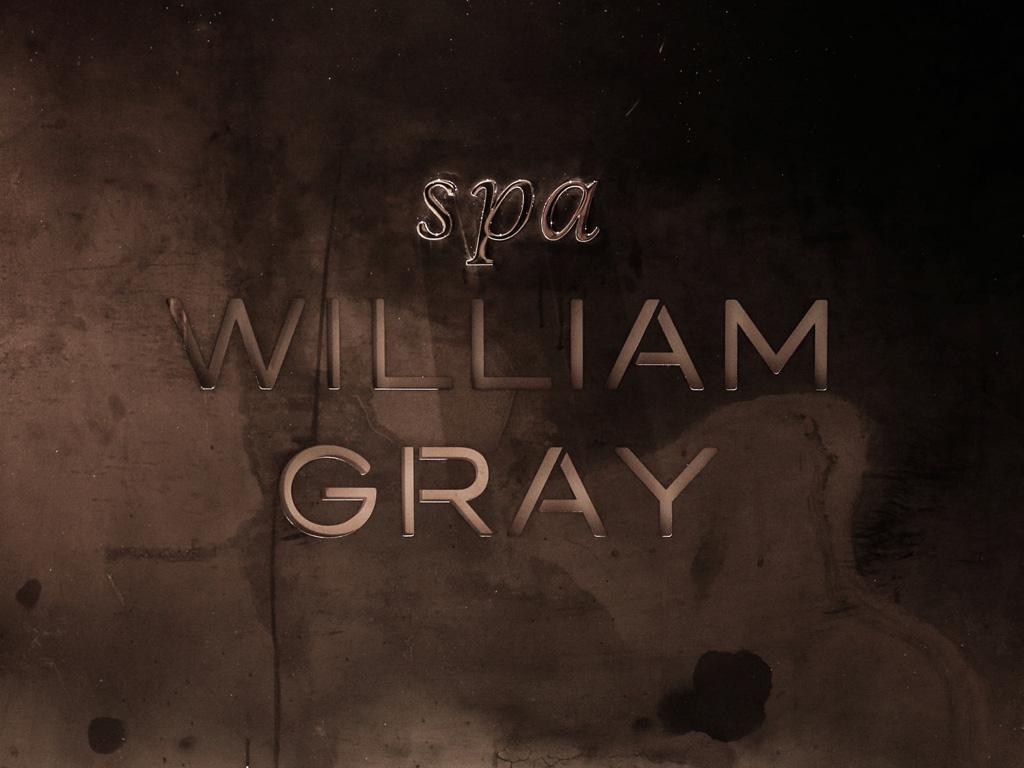 Logo du Spa William Gray au mur